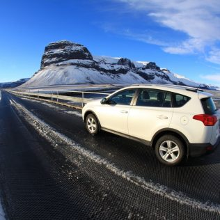Your guide to Iceland's car rental companies – Finding your perfect car at a great price
